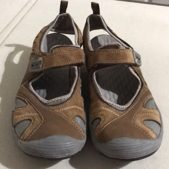 bf11579b738 Clarks Shoes - Privo by Clarks Brown Sports Sandals Hiking EUC
